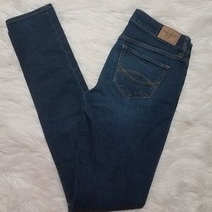 Abercrombie & Fitch Jeans - Abercrombie & Fitch Super Skinny Dark  Wash Jeans